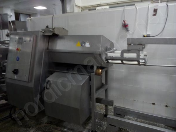 Marel Revoportioner TRP400 – Burger and rissole portioning machine