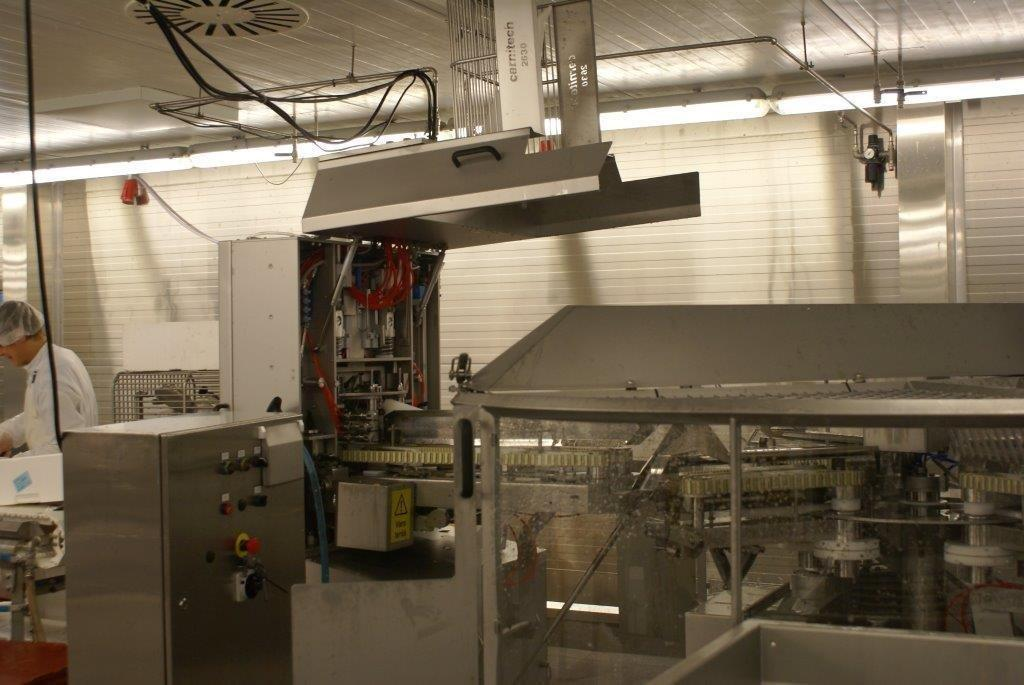 Carnitech CT2620 header with Carnitech CT2630 Filleting machine